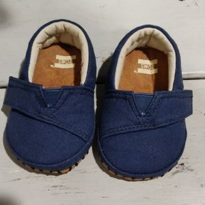 Baby Tom's shoes